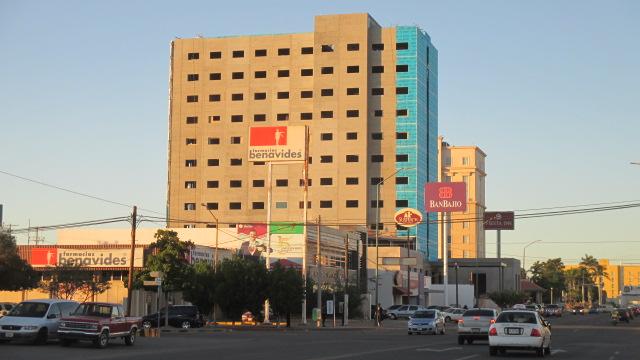 Foto 1, QC 1130, nuevo hotel 16